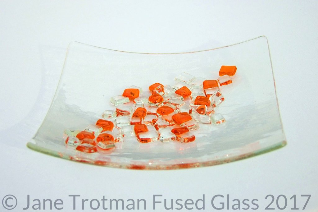 Tactile-fused-glass-dish