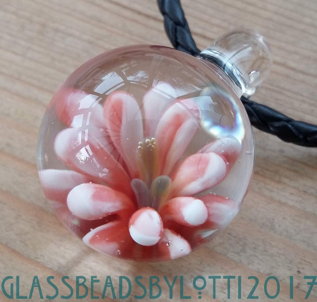 Flower-marble-necklace-pink