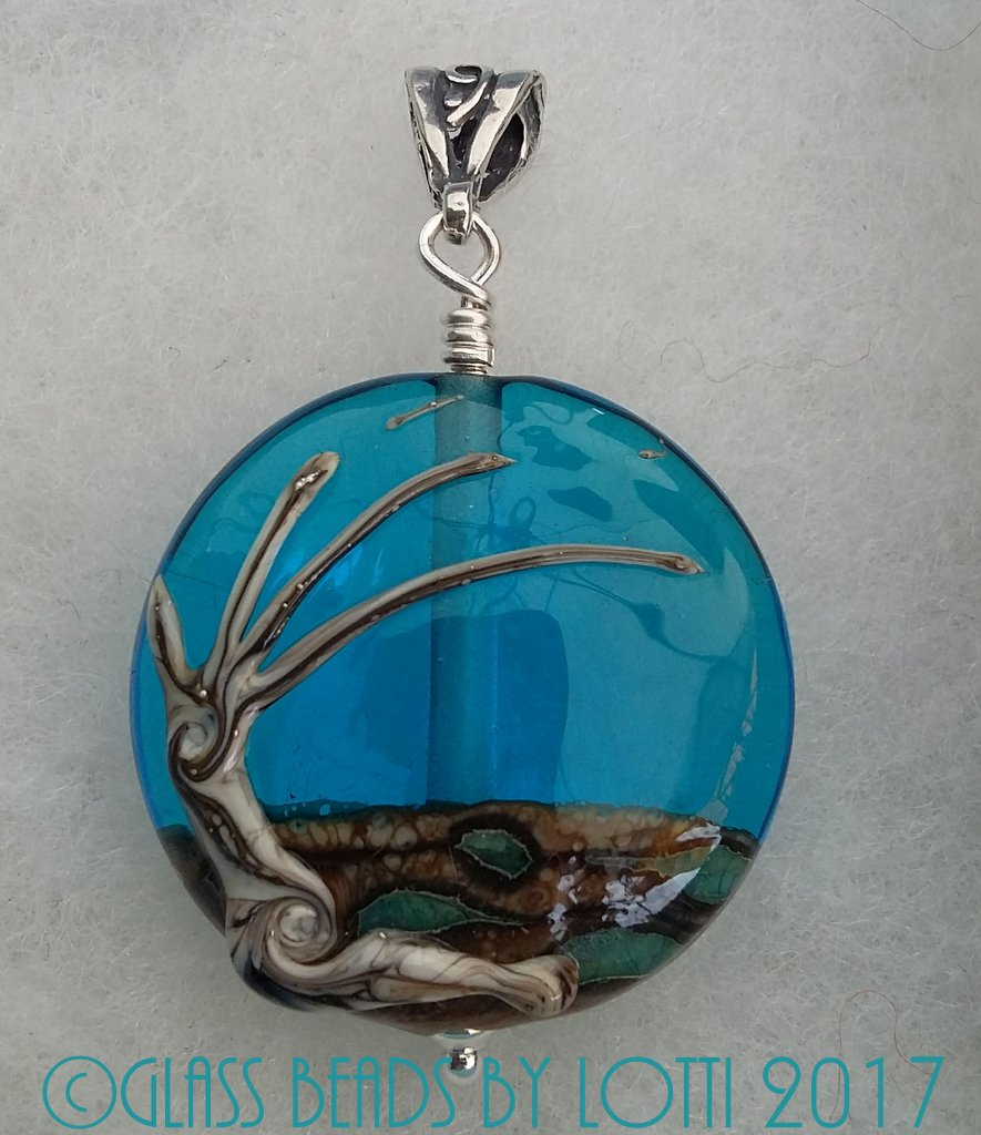 Windy-tree-pendant